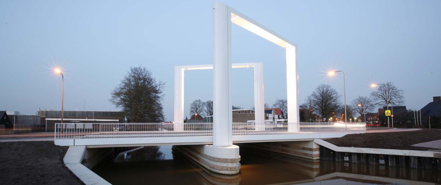 side view movable bridge Steenwijk, view by day, bridge design by ipv Delft