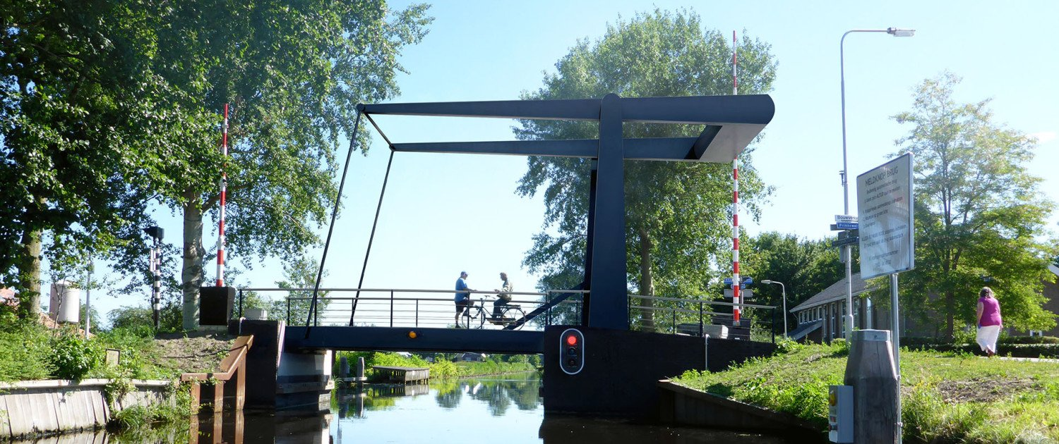 fittede bridge, movable bridge, traffic bridge above the water, design by ipv Delft